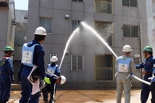 H26/6/15 渋谷区合同消火訓練に参加しました9