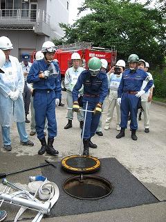 H27/6/21 渋谷区合同消火訓練に参加しました2